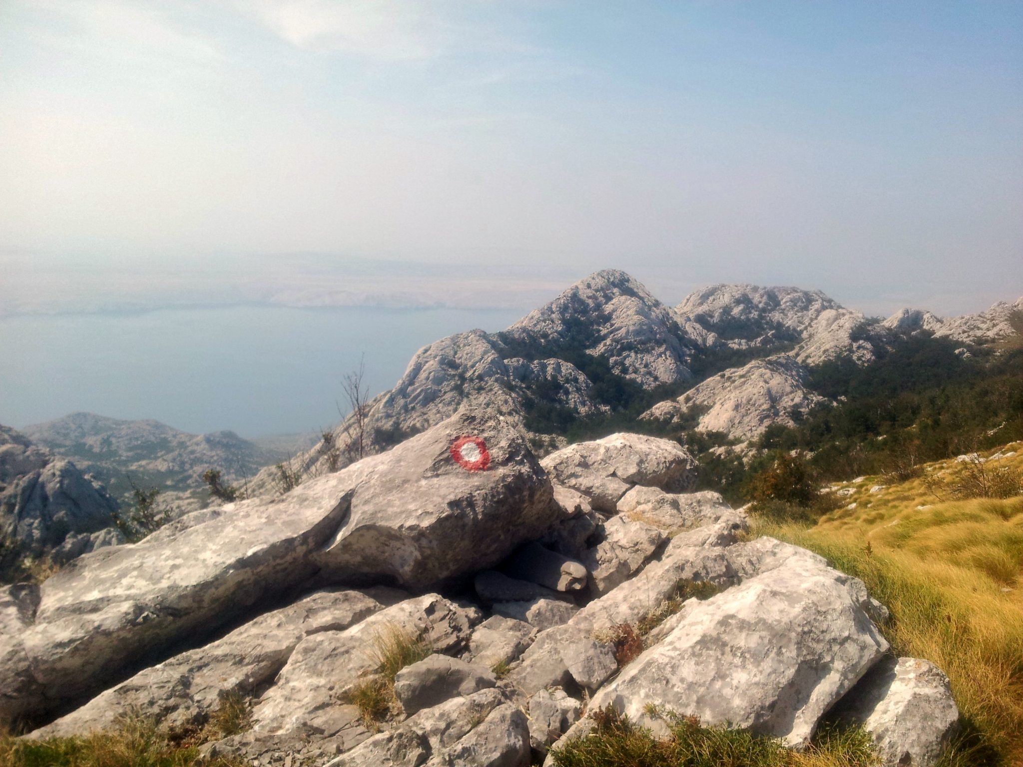 hiking_via_dinarica_croatia_balkans_white_trail