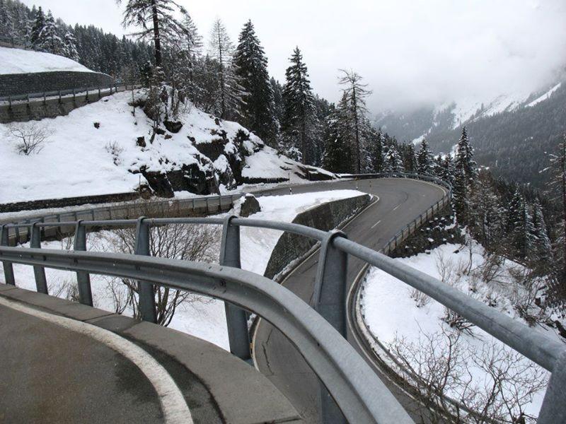 Biking down the Maloja pass