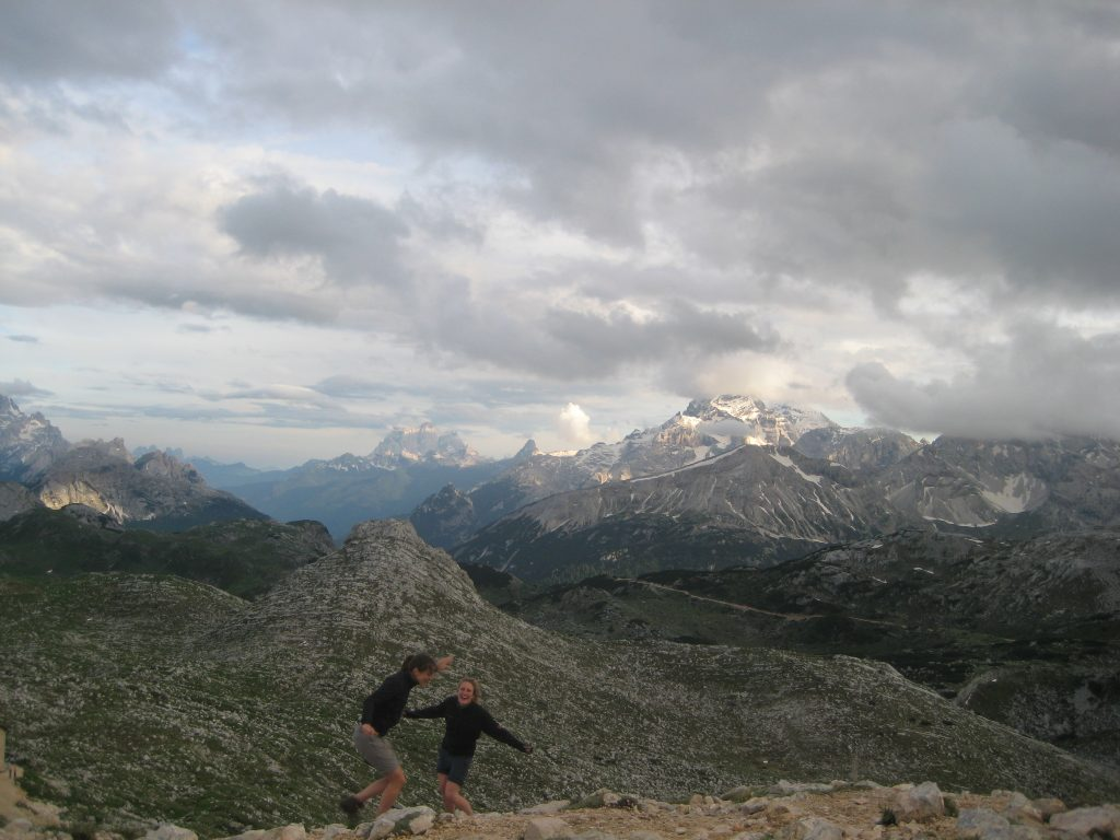 Refugio Biela hiking Via Dolomiti Italia