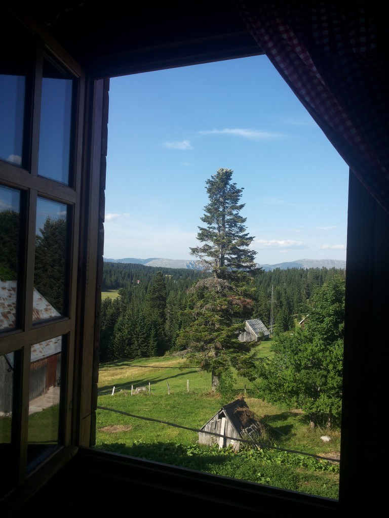 View from Planinarski dom Neviden'o