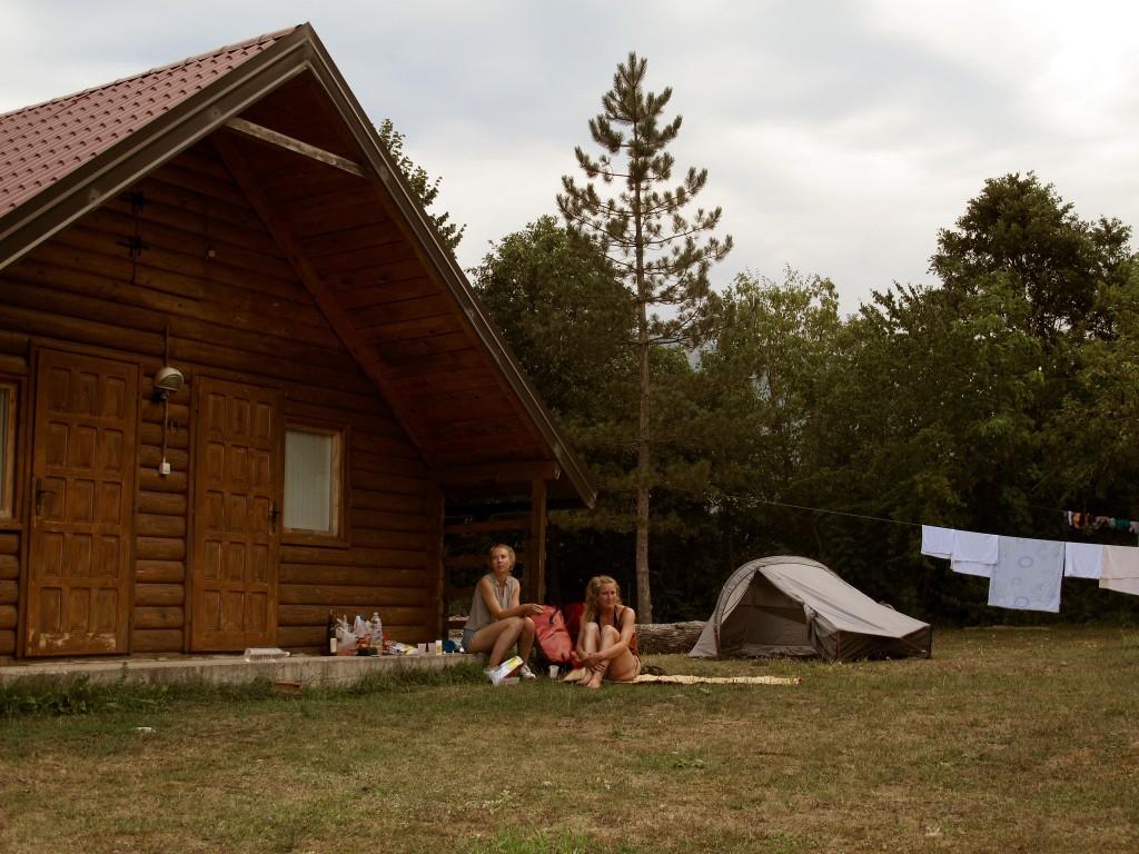 BALKAN ROADRTIP | Raft camp