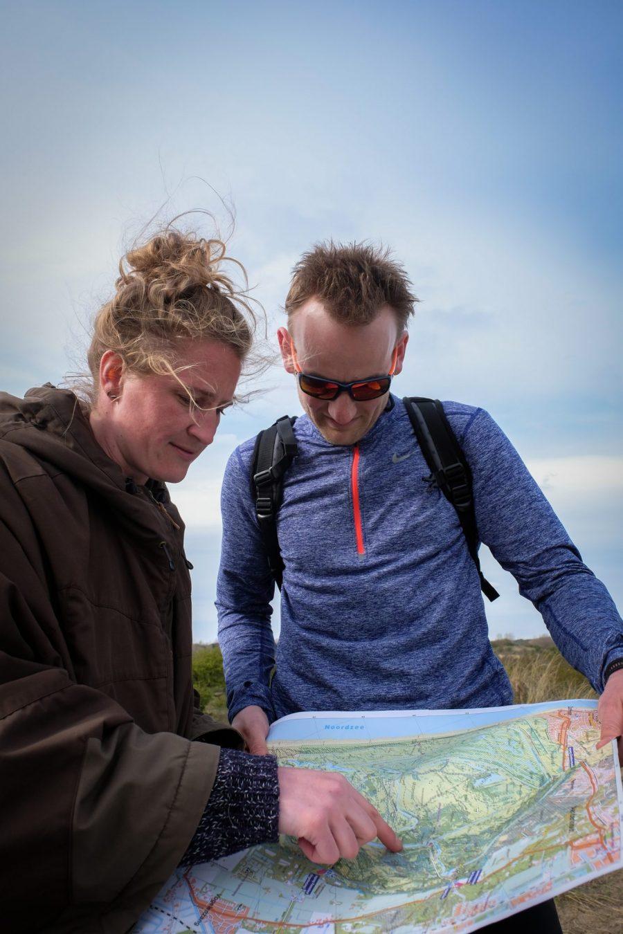 Samen met Jeroen op de kaart kijken   Navigeren kun je leren