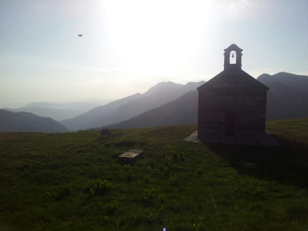 Orthodoxe kerk Sumor in Komovi Nationaal Park, Montenegro