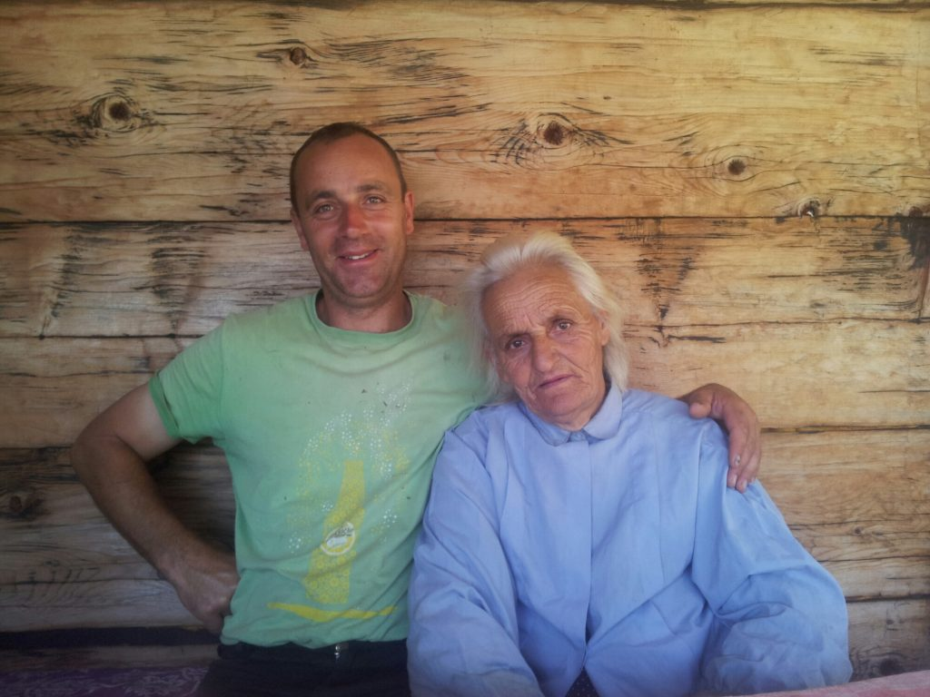 Mikša en zijn moeder in Katun Štavna