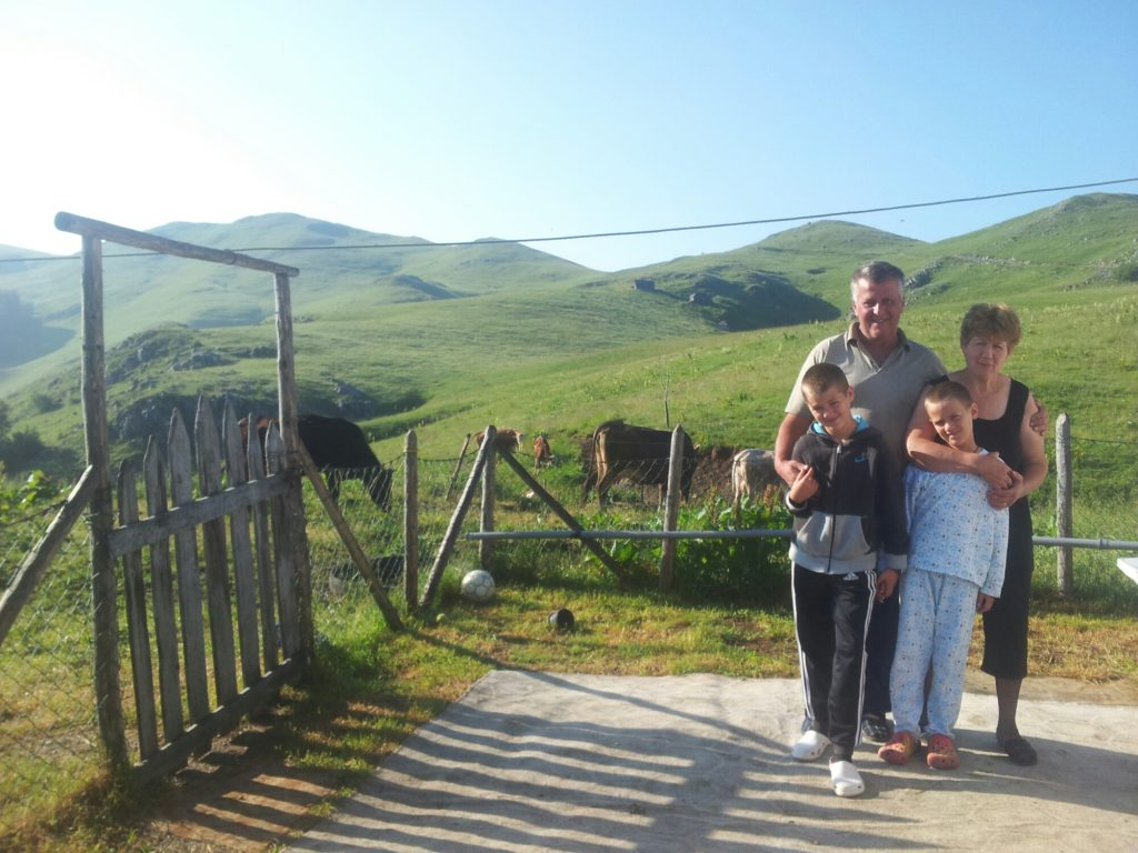 Sinjajevina Crna Gora hiking via dinarica white trail montenegro | People on the Via Dinarica