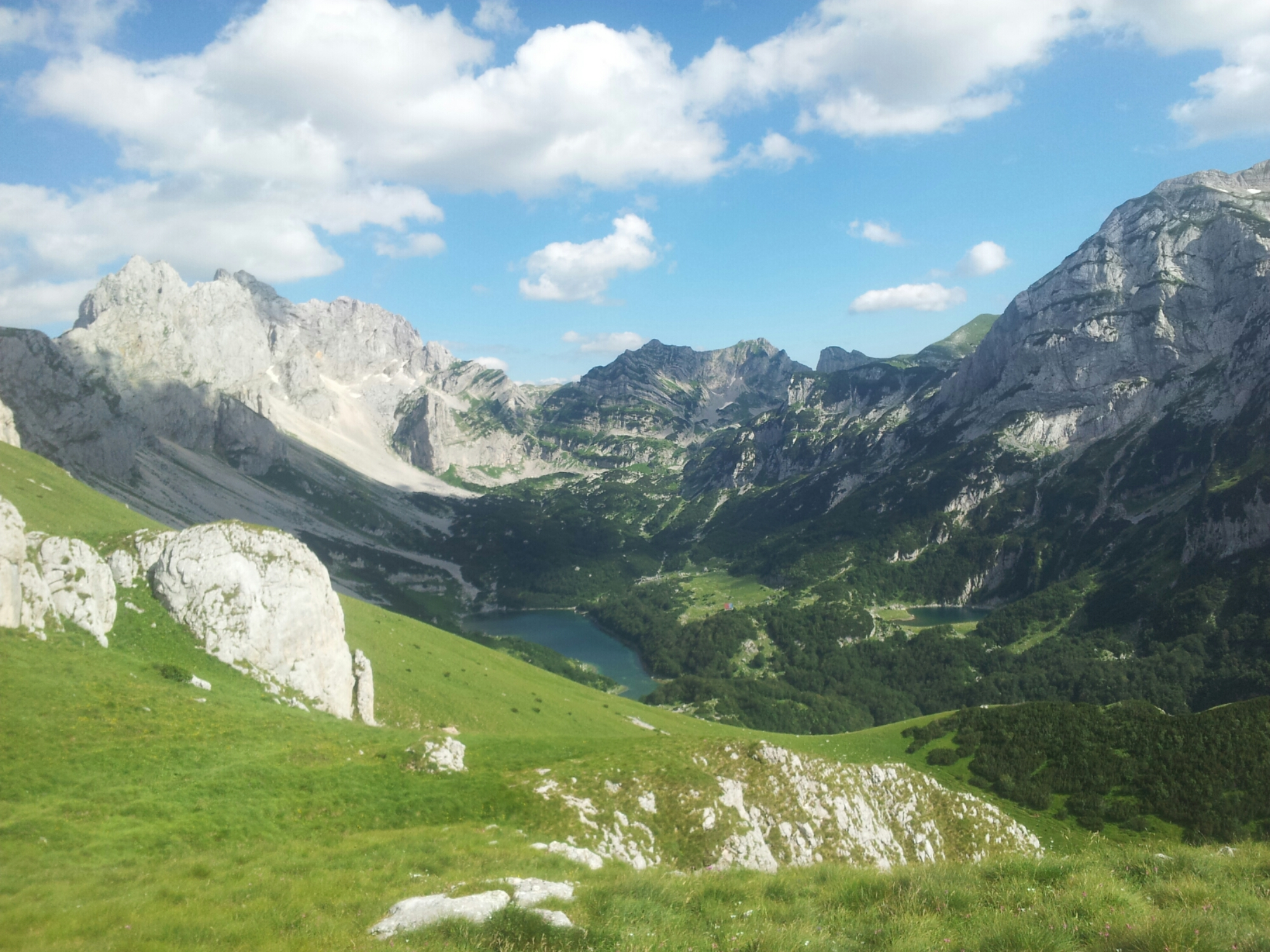 Škrčko jezero Durmitor | Bobotov Kuk, to climb or not to climb? | Via Dinarica White Trail MONTENEGRO
