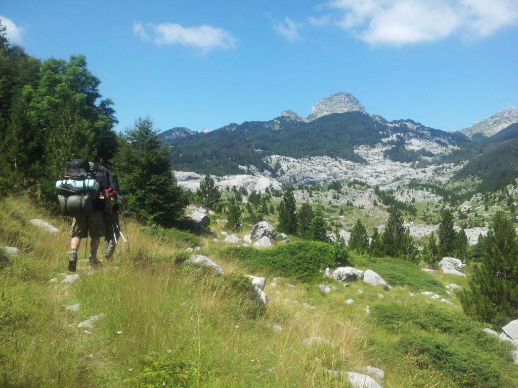 hiking_via_dinarica_white_trail_bosnia_herzegovina_prenj