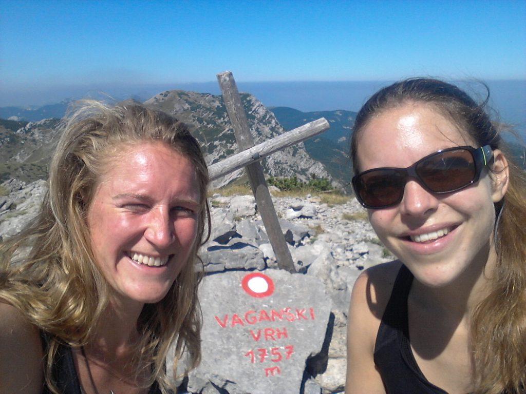 Vaganski vrh | #mountainbabes #hikinggirls #outdoorbella #womanwhohike #sheexplores