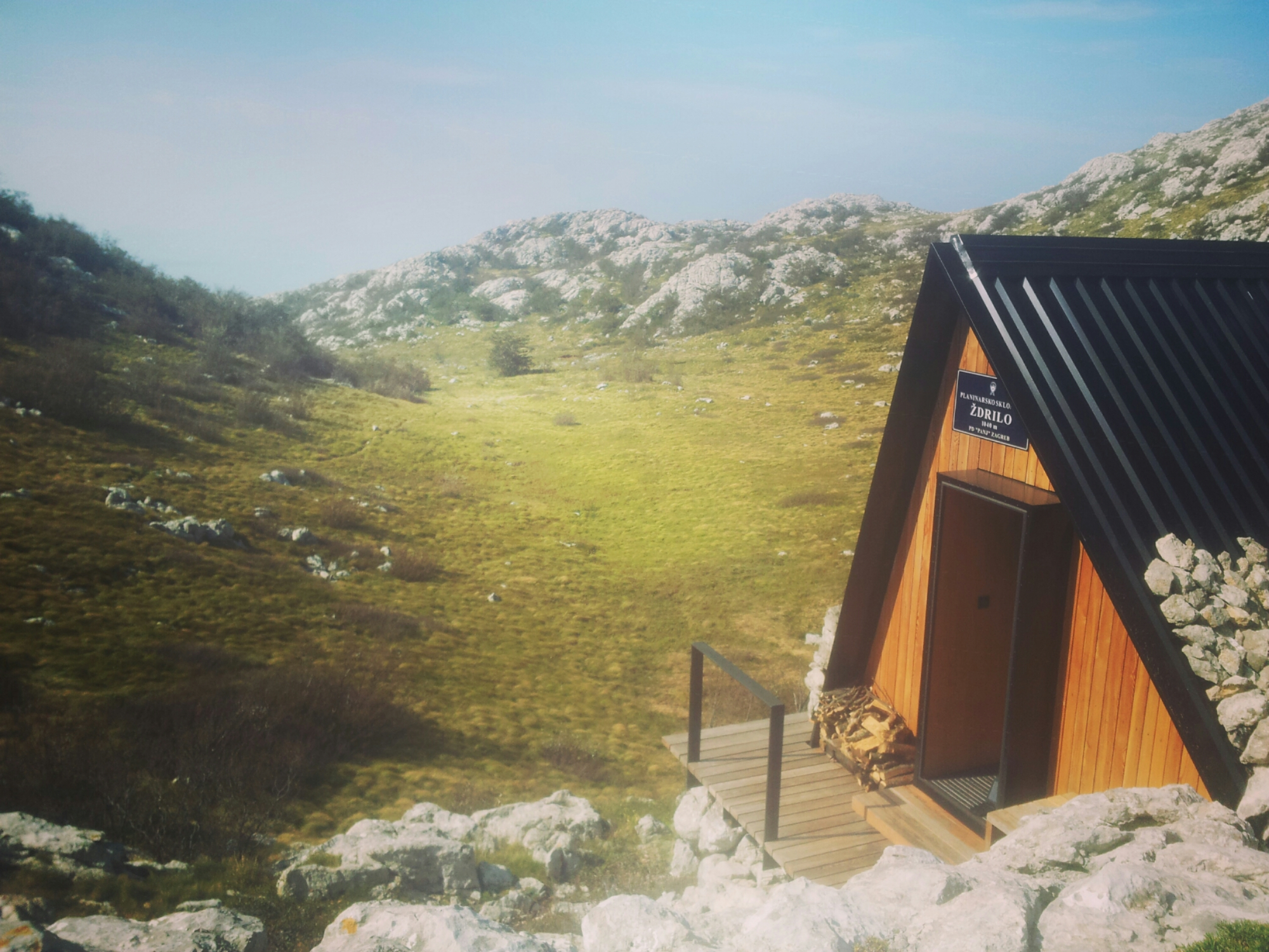 planinarsko-skloniste-zdrilo-velebit-trail-via-dinarica-croatia