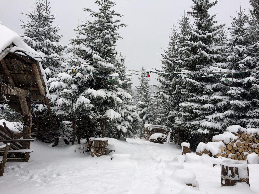 Vukov_Konak_winter_white_snow_bih