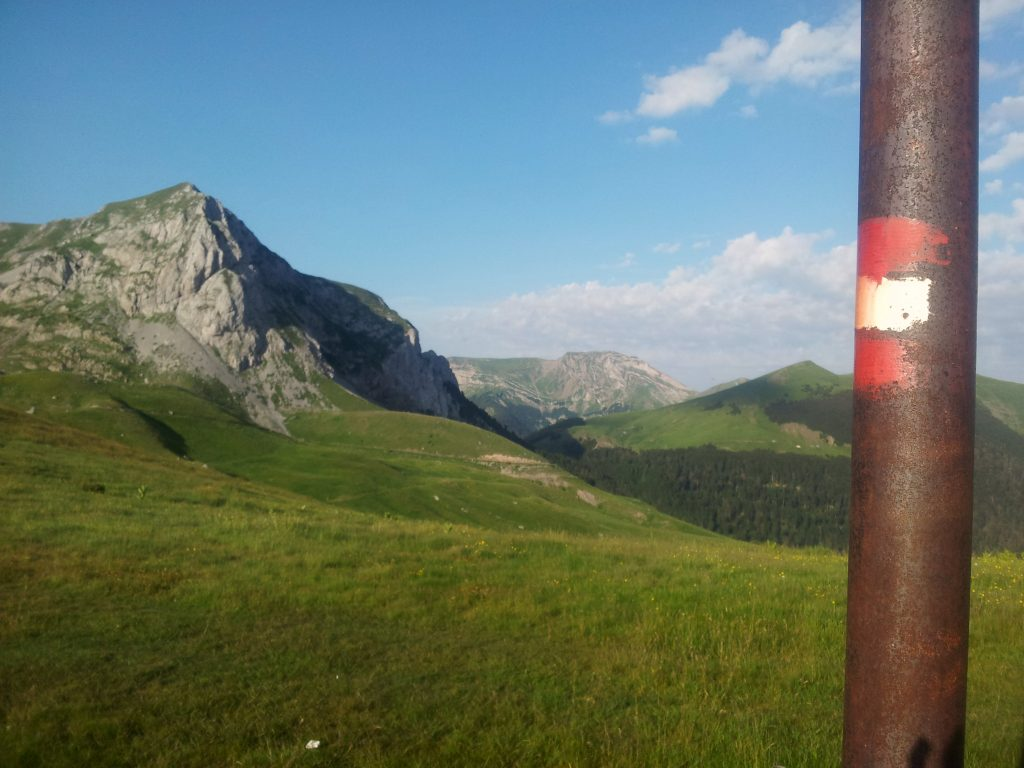 Hiking Via Dinarica White Trail Montenegro | Komovi, Crna Gora