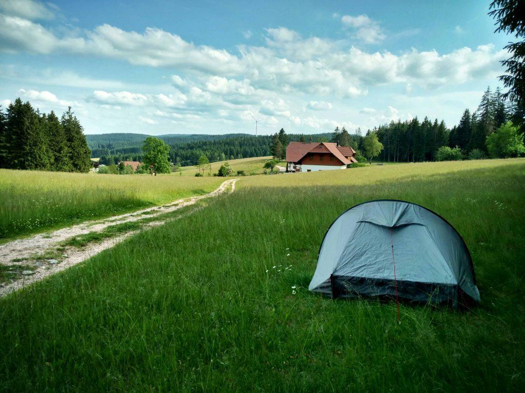 Open en bloot kamperen in het Zwarte Woud | WILDKAMPEREN