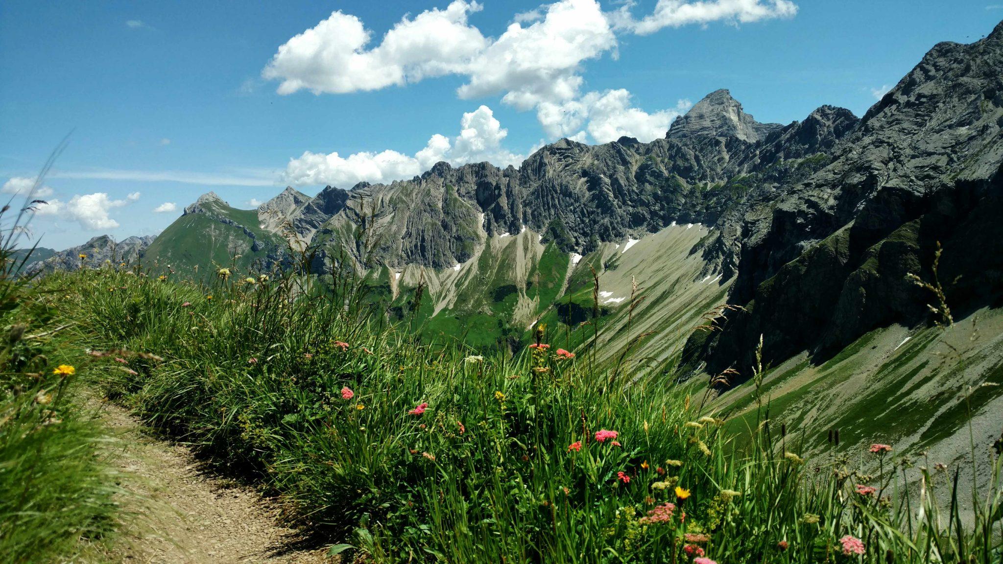 Bergwandel_via_alpina_allgauer_alpen
