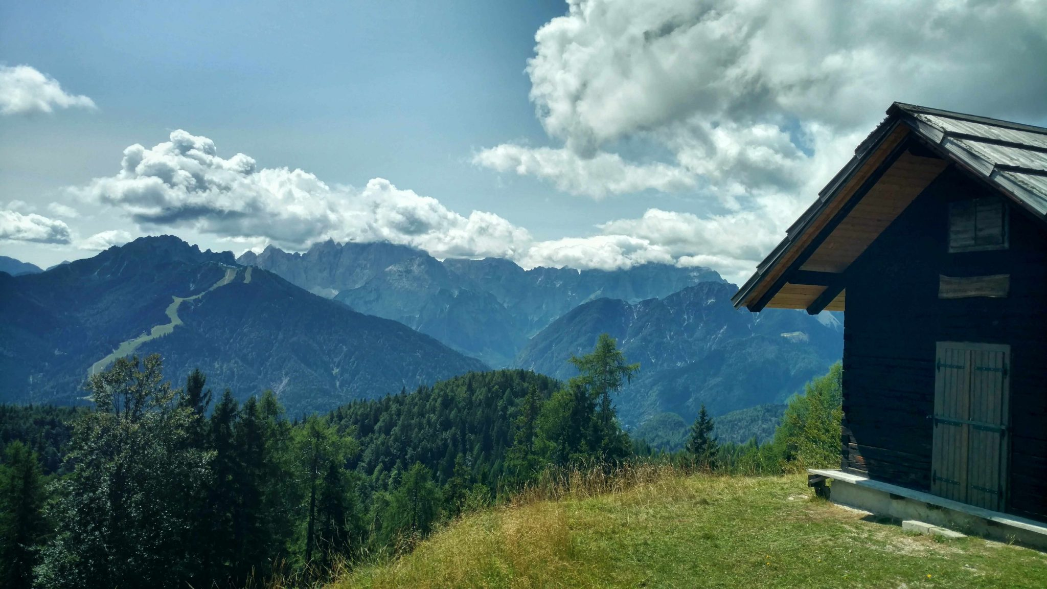 Zicht_Julische_Alpen_via_alpina