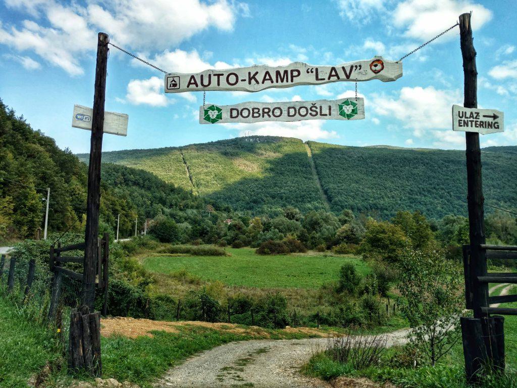 Autokamp_Lav bij Kulen Vakuf in Bosnie en Herzegovina