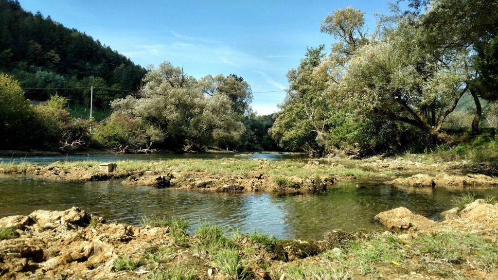 Sana rivier bij ključ Bosnië en Herzegovina | Via Dinarica Green Trail
