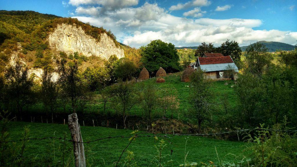 Medna, een dorpje in Bosnië en Herzegovina | Op weg naar Zelenkovac