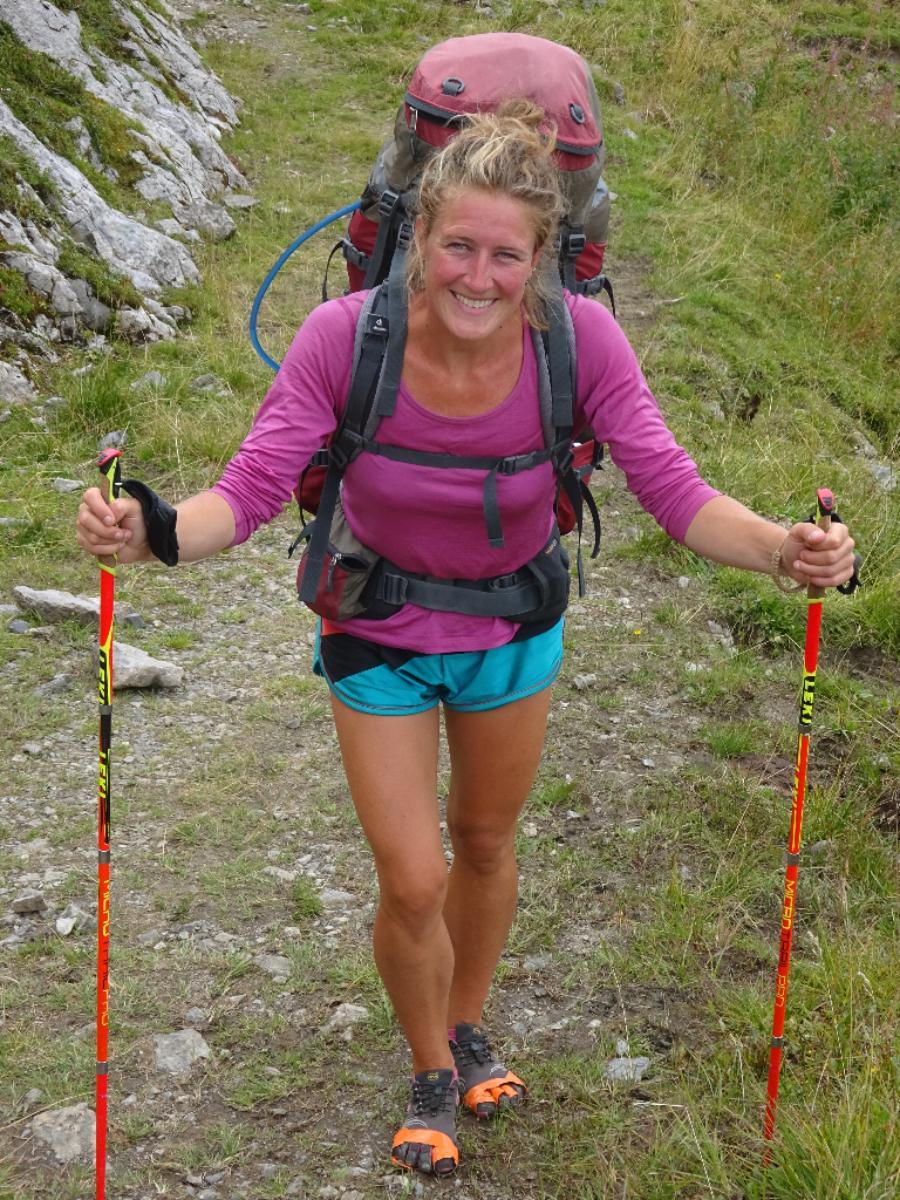 PAGE | Eva op de Via Alpina op weg naar de Balkan