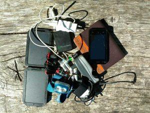 Wandelen en electronica wat ik allemaal meedraag