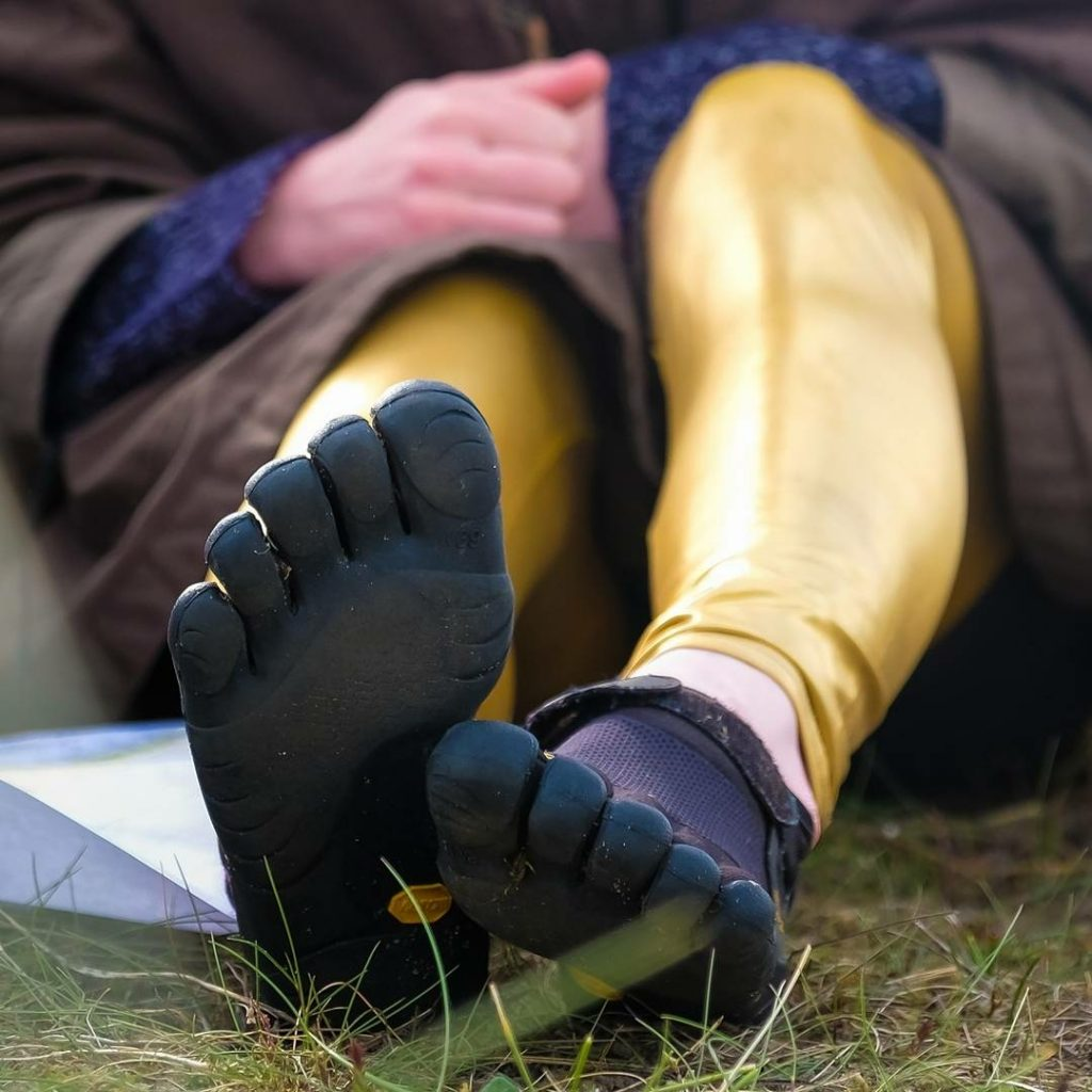 Vibram Five Fingers Keep Stuff Out | Walking back to the Balkans