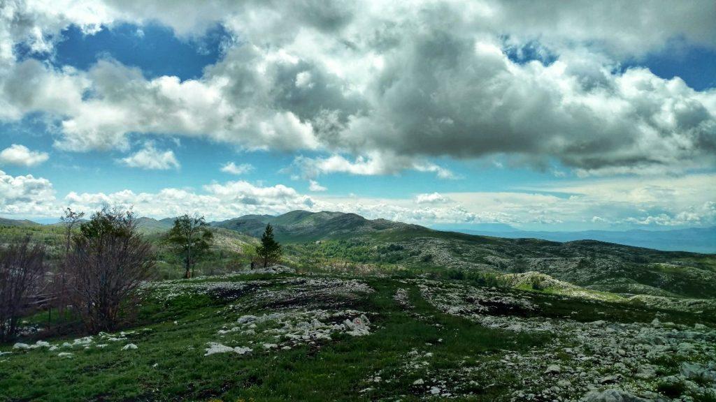 Wisselvallig weer in de bergen op de grens van Kroatië met Bosnië en Herzegovina