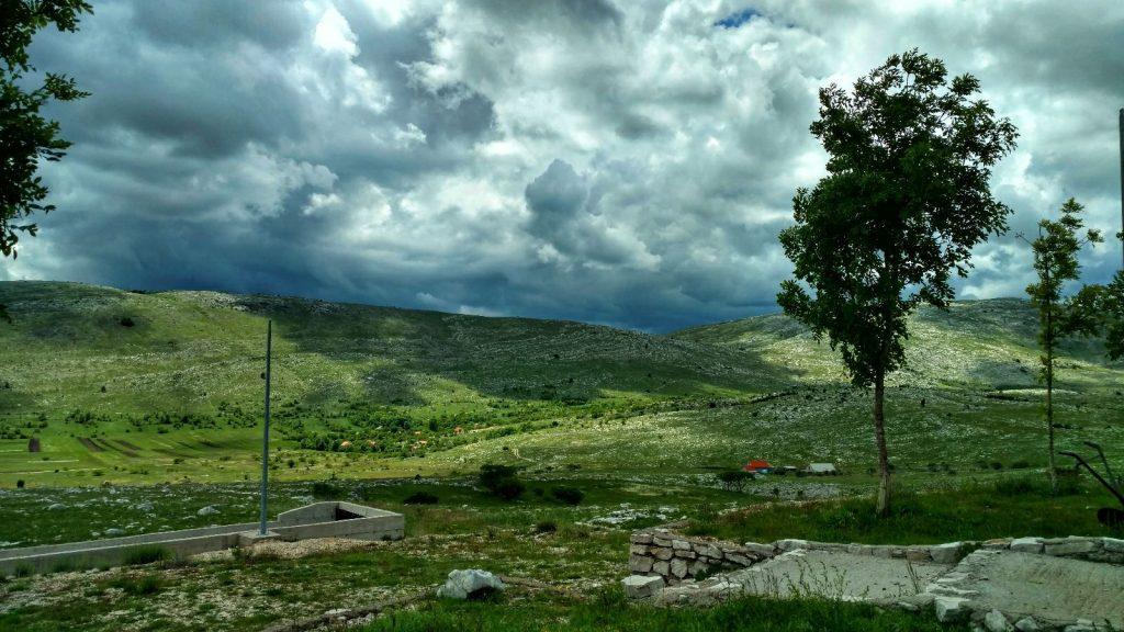 Komt er storm? | Blog over de voorbijganger