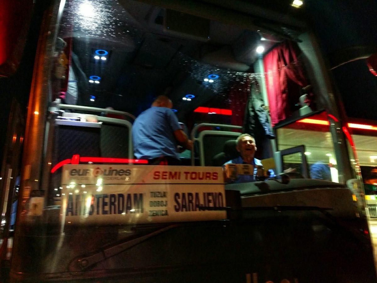 De bus van Amsterdam naar Sarajevo