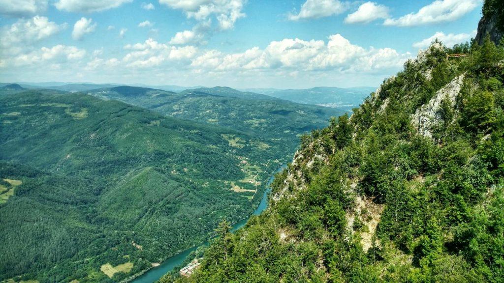 Kozja Stena uitkijkpunt in Tara National Park | Via Dinarica Green Trail in Servië