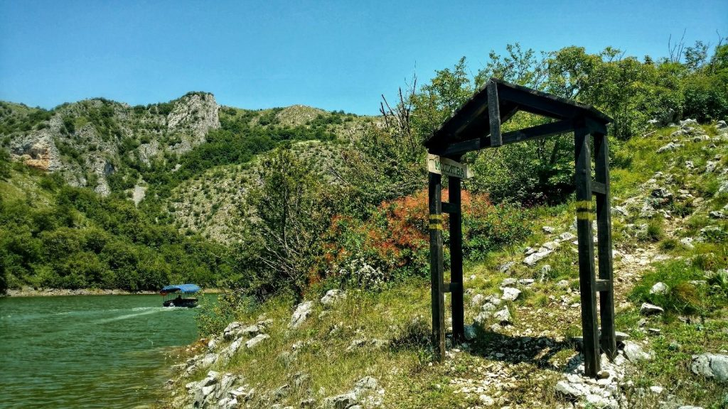 Trailhead naar Moltiva Viewpoint | Uvac Servië