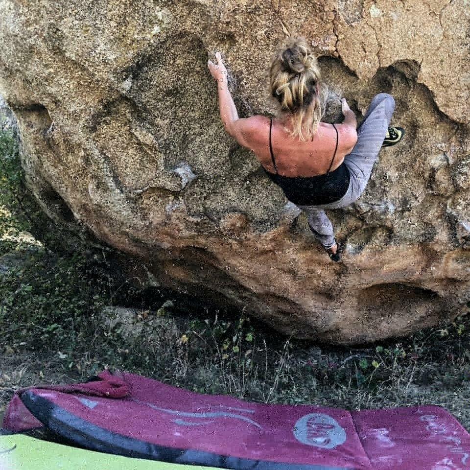 Eva boulders