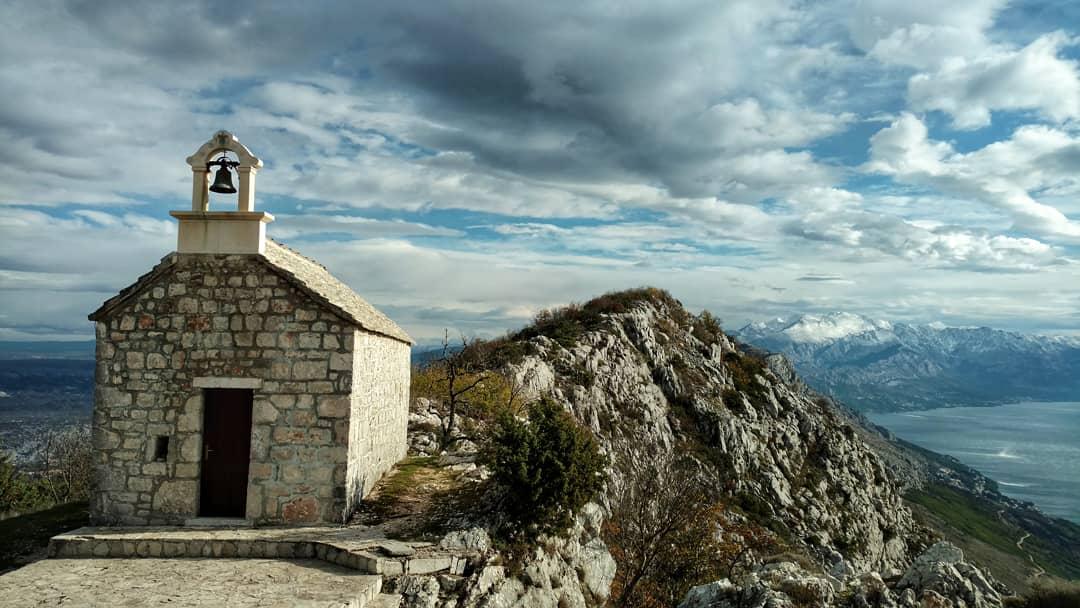 Omiška Dinara, Sveti Vid