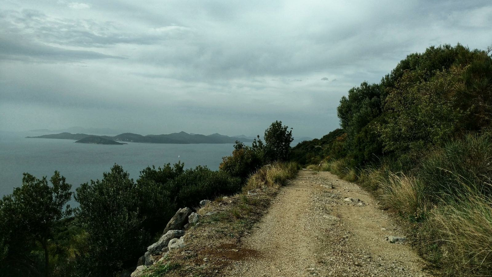 Hiking from Dubrovnik to Prapratno through the area of Dubrovnik
