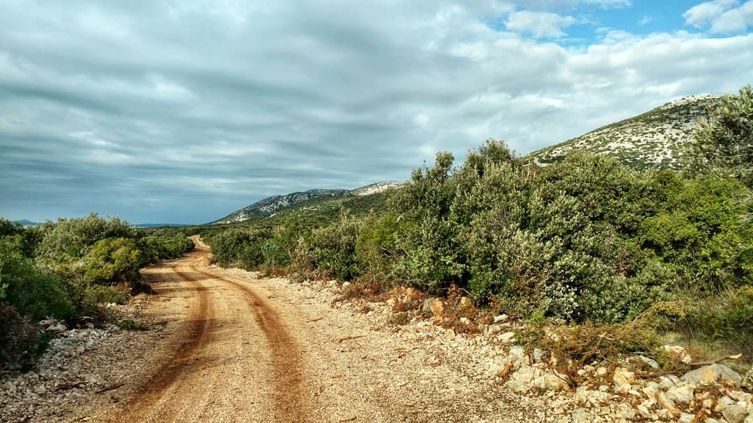 Via Dinarica HR Blue Trail | Stage 14: Central Dalmatia