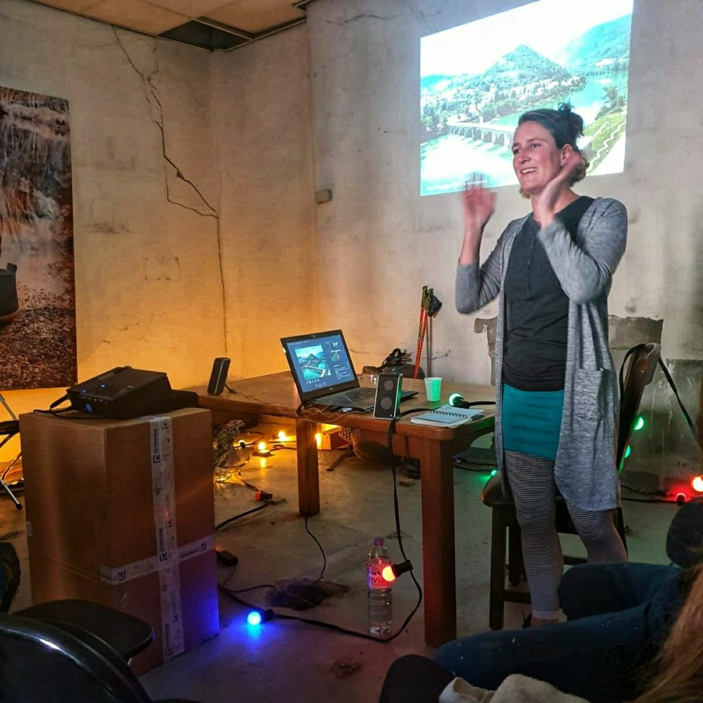 Eva gives a presentation for THE TREK BAREFOOT about Hiking the Balkans on FiveFingers