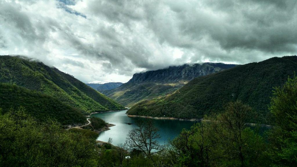 Pivsko jezero, Montenegro | Biking from Sarajevo to Mavrovo